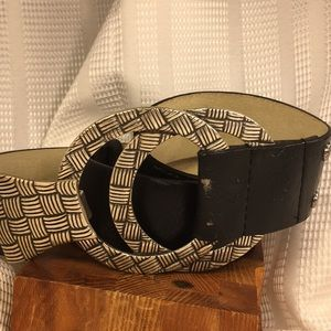 Chico's leather adjustable bel w/a large buckle
